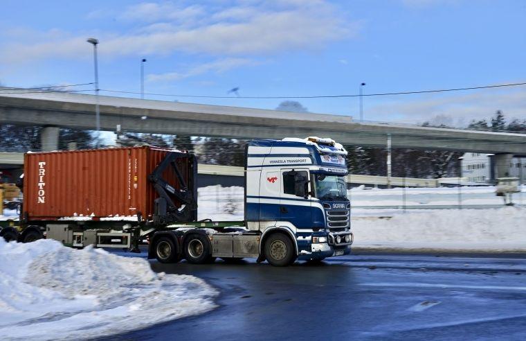 Overtar container-virksomheten til Rafoss Transport